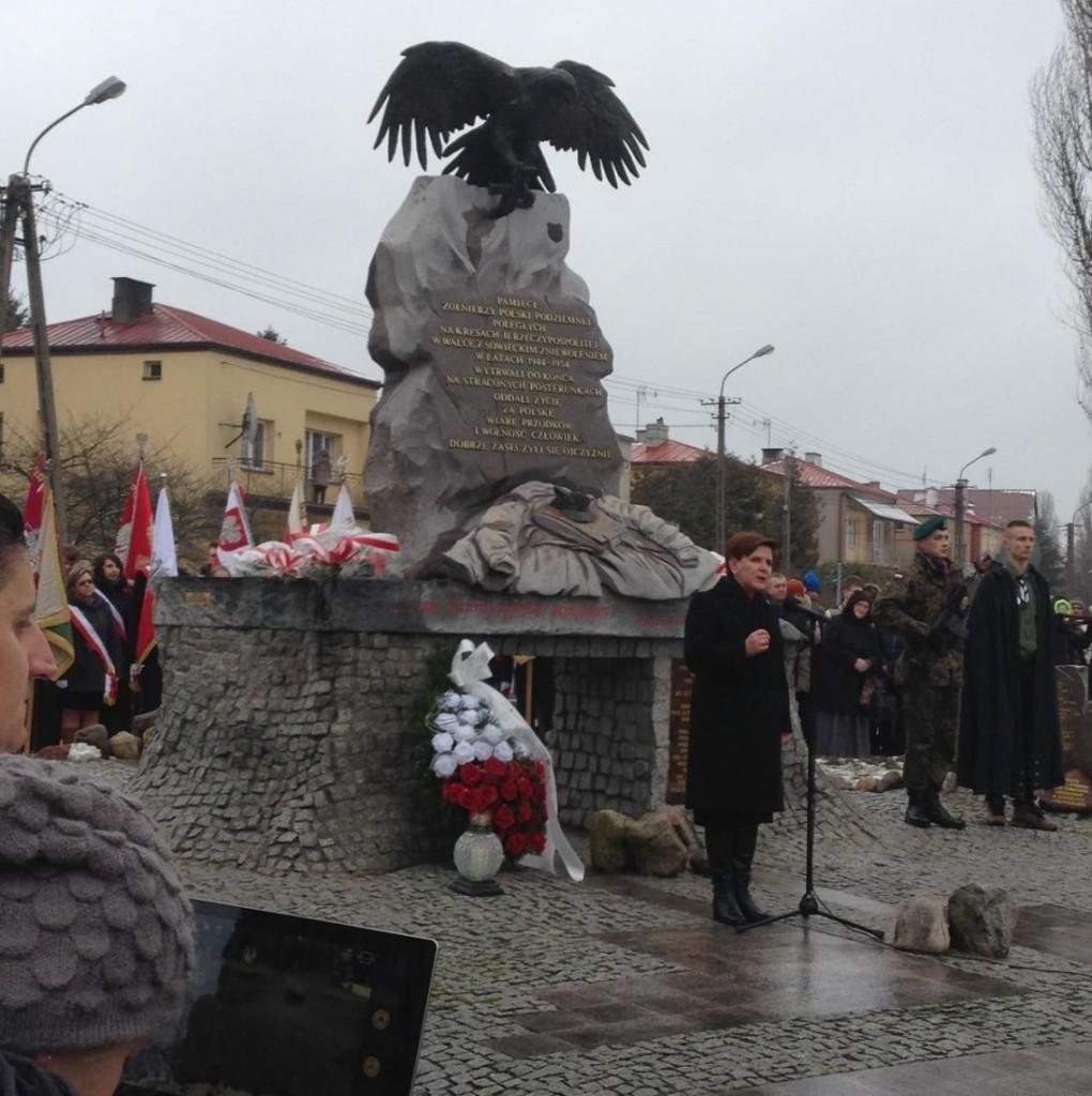 Szydło w Augustowie - pomnik